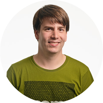 Tom, Developer